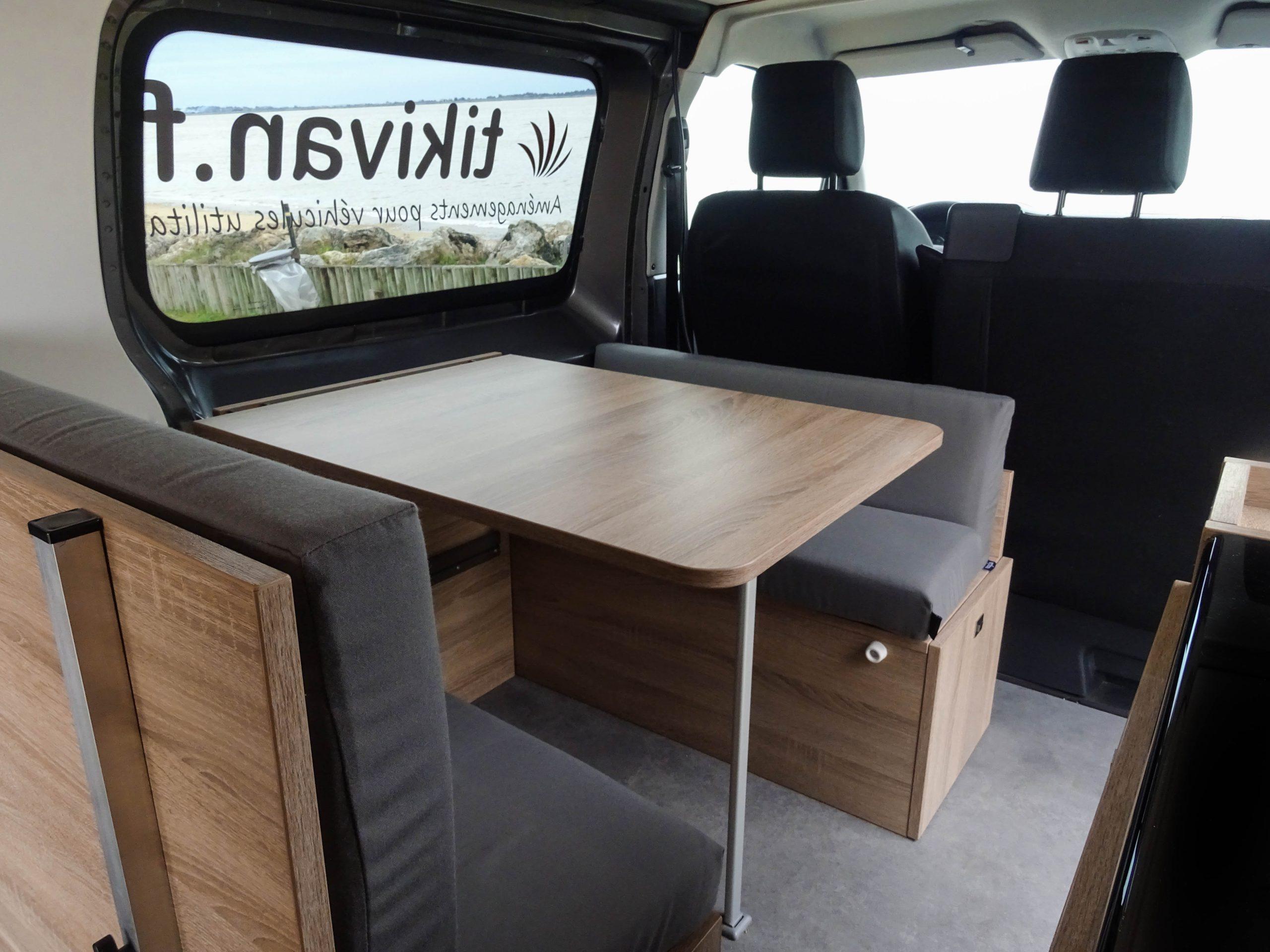 Aménager votre véhicule : 2 banquettes convertibles, table et ...