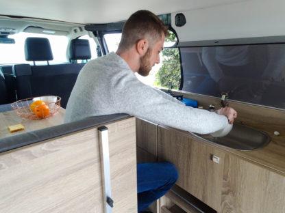 amenager un fourgon camping car kit